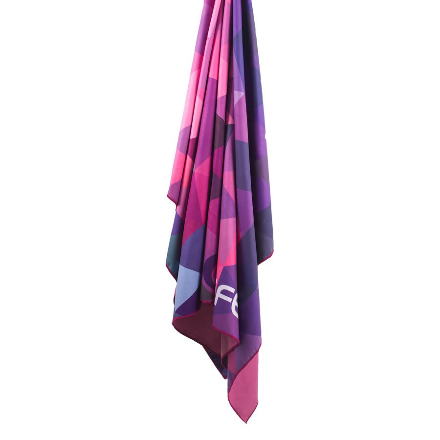 Lifeventure Softfibre Printed Trek Towel - Pink Triangles